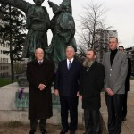 Professor Dragoljub Kavran, member of the Crown Council, HRH Crown Prince Alexander, Mr. Predrag Markovic, member of the Crown Council, and Mr. Dusan Babac, member of the Privy Council in front of the monument to Prince Milos