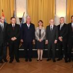 Nj.K.V. Prestolonaslednik Aleksandar i Nj.E. g-đa Kristin Moro, ambasadorka Republike Francuske sa ambasadorima
