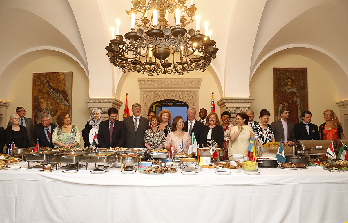 Royal Couple Hosted International Cuisine Dinner At The