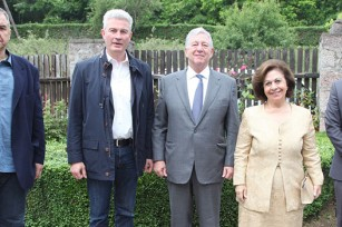 "TRH Crown Prince Alexander and Crown Princess Katherine, Mr. Dragan Zivanovic, President of Topola Municipality, Mr. Zoran Rapajic, Chairman of the Board Association Wine Routes of Serbia"",  Mr Dragan Reljić, manager of the Oplenac Foundation"