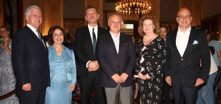 HRH Crown Prince Alexander, HRH Crown Princess Katherine, HE Minister Vladan Vukosavljevic, HE Australian Ambassador Julia Feeney, Mr Goran Vesic and Prof. Dr. Richard Miles