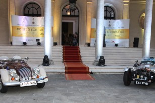 """""""24 hours of elegance"""" event at the White Palace"""