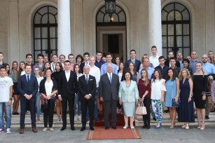 Their Royal Highnesses Crown Prince Alexander and Crown Princess Katherine with the Link Group representatives and awarded graduates