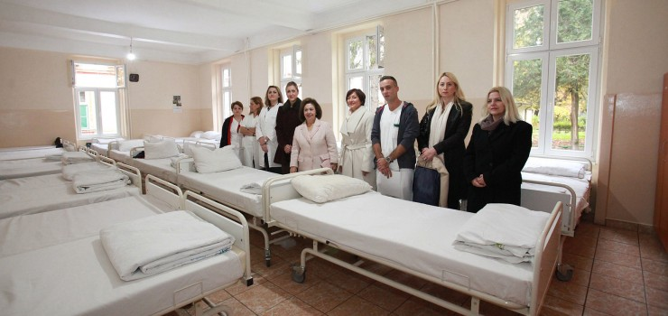HRH Crown Princess Katherine and Mrs. Daniela Celikovic at the reconstructed Psychiatric hospital Kovin