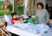 "HRH Crown Princess Katherine in humanitarian visit at Pediatric department of the Institute for Orthopedic Surgery ""Banjica"""