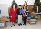 HRH Crown Princess Katherine  and Ms. Donna Sekulich, board member of Lifeline Chicago, on tradicional Christmas visit to Home for Children and Youth ``Vasa Stajic``