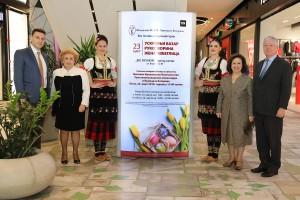 Mr. Nikola Muskatirovic, Shopping Center Manager at BIG FASHION, Mrs. Betty Roumeliotis, TRH Crown Princess Katherine and Crown Prince Alexander