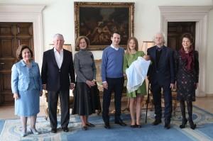 Nj.K.V. Princeza Katarina i Prestolonaslednik Aleksandar, Nj.K.V. Princ Filip, Nj.K.V. Princeza Danica i Nj.K.V. Princ Stefan, g-din Cile Marinković i g-đa Beba Marinković