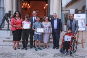 Ceremonija dodele nagrade pobednicima u konkursu za novi logo Lajflajn Čikago