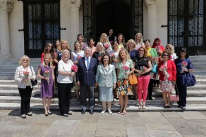 TRH Crown Prince Alexander and Crown Princess Katherine with Mrs. Ann Pesic and members of the International Women's Club