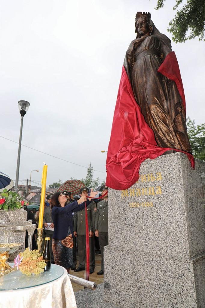 Откривање споменика Кнегињи Милици у Крушевцу