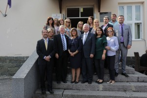 "US Ambassador HE Mr Kyle Scott, Speaker of the Parliament Mrs Maja Gojkovic and HRH Crown Prince Alexander  with the ""Ivo Andric"" school teachers"