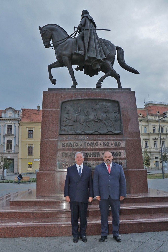 HRH Crown Prince Alexander and Mr. Cedomir Janjic in front of the King Peter I monument