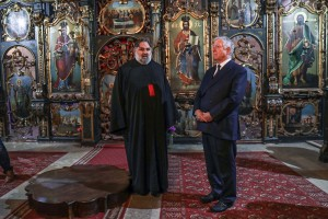 Father Radivoj and HRH Crown Prince Alexander at the Temple of the Assumption of the Holy Virgin