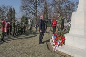 Nj.K.V. Prestolonaslednik Aleksandar na ceremoniji na Ratnom groblju Komonvelta