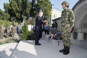 Nj.K.V. Prestolonaslednik Aleksandar na ceremoniji na Ruskom vojnom groblju