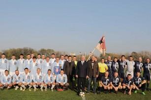 HRH Crown Prince Alexander with football teams