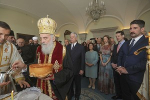 Cutting the Slava cake at the Blue room of the Royal Palace