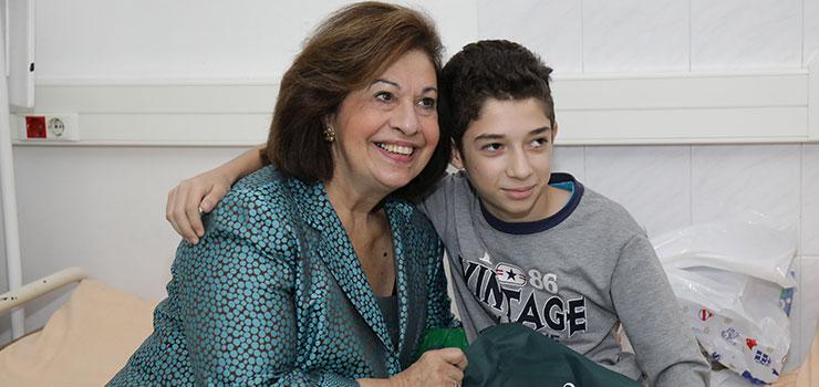 Christmas visit of HRH Crown Princess Katherine to Belgrade's children hospitals