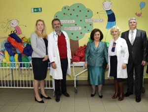 HRH Crown Princess Katherine with medical staff of the Institute for mother and child and Daniela and Jugoslav Celikovic
