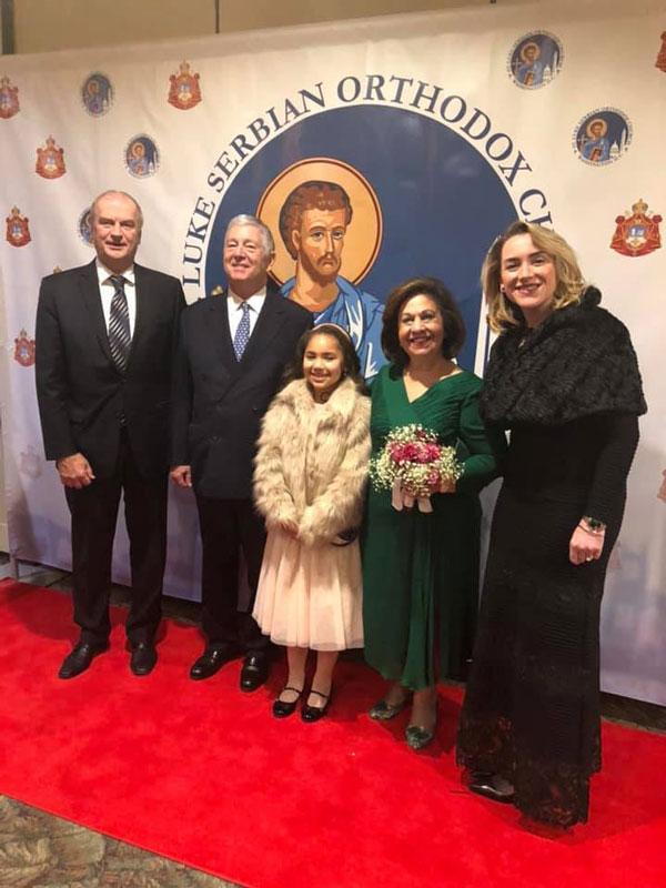 Njihova Kraljevska Visočanstva sa Nj.E. g-dinom Đerđom Matkovićem i g-đom Marijom Živanović Smit, kompanija NCR