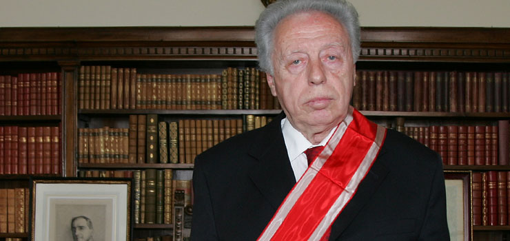 Prof. dr Slobodan Perović