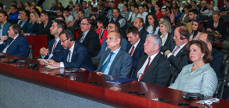 Mr. Vanja Udovicic, Minister of Youth and Sport of the Republic of Serbia, Dr. Mehmet Muharrem Kasapoğlu,  Minister of Youth and Sport in Turkey, Dr. Zlatibor Loncar, Minister of Health of the Republic of Serbia and Their Royal Highnesses Crown Prince Alexander and Crown Princess Katherine