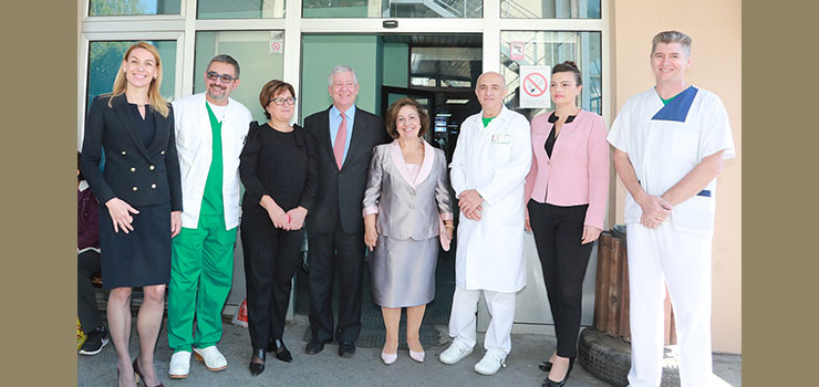 TRH Crown Prince Alexander and Crown Princess Katherine with Dr. Vesna Stevic Gajic and the medical staff of Kruševac Hospital
